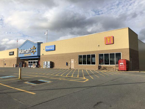 McDonalds- Walmart Location